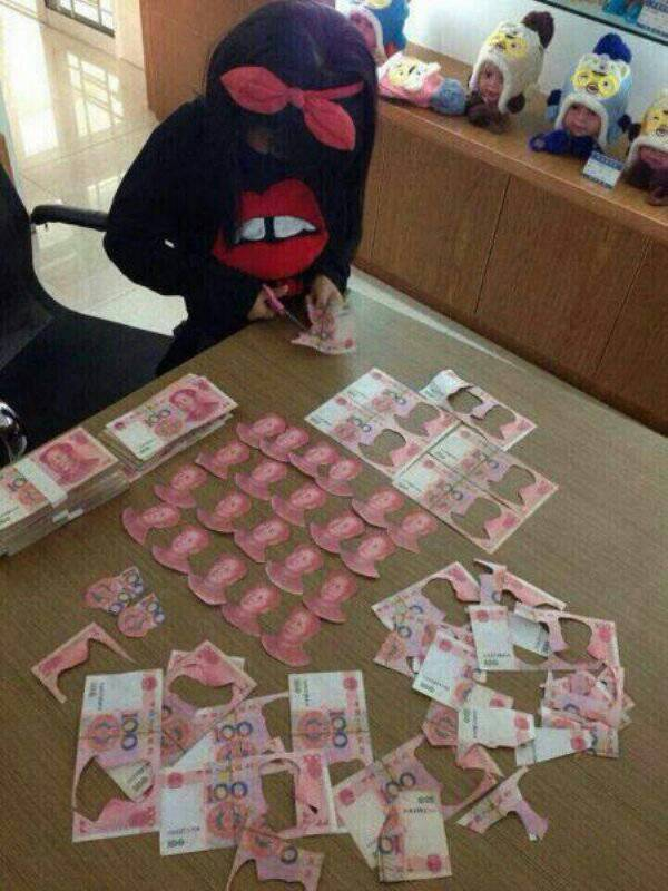 중국 재벌 딸내미의 흔한 취미 생활.jpg