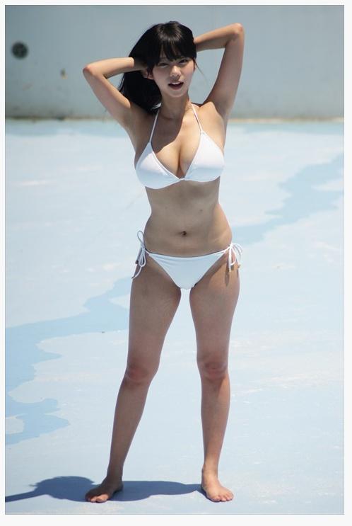 페북에서 논란이 되고있는 호불호 몸매녀.jpg